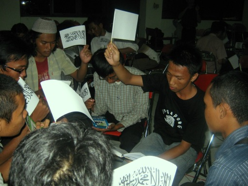 11. peserta training membacakan afterlife mappingnya